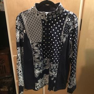 Susan Graver New Womans Black & White Top. ZIP Up.